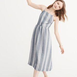 NWT💫 A&F Petite midi dress